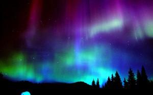 real-aurora-borealis-wallpaper-1-1